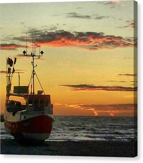 Back Canvas Print - Old Picture From Westcoast by Ole Back