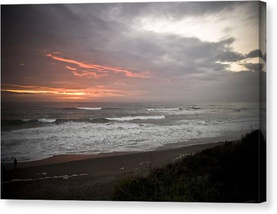 Pacific Ocean Sunset Canvas Print by Richard Adams