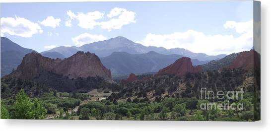 Panoramic Garden Of The Gods Canvas Print