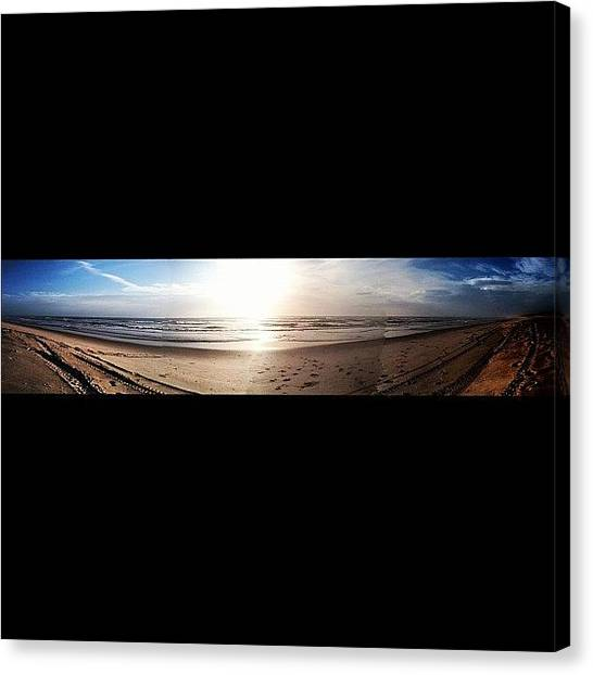 Beach Sunrises Canvas Print - Panoramic Picture Of The Sunrise by Lea Ward