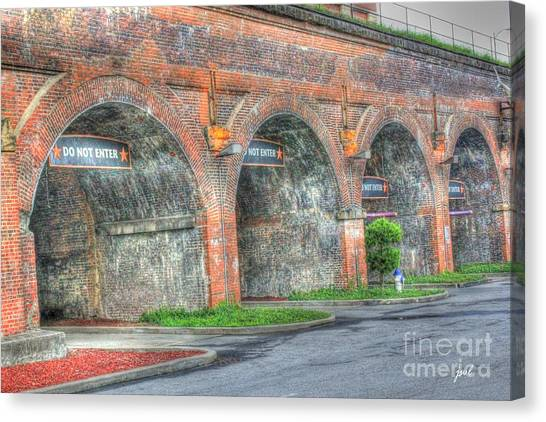 Parking Garage At Newport On The Levee Canvas Print