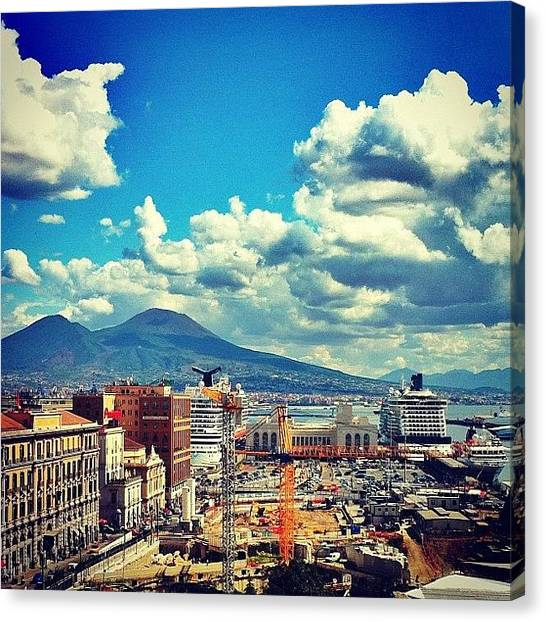 Canvas Print - Porto Di Napoli by Gianluca Sommella