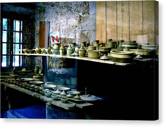 Canvas Print featuring the photograph Pottery Land by HweeYen Ong