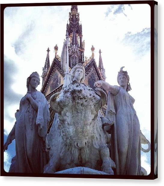 Queen Elizabeth Canvas Print - #queen #sculpture #elizabeth #albert by K H   U   R   A   M