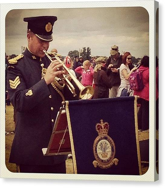 Army Canvas Print - Raf Trumpeteer by Rillaith