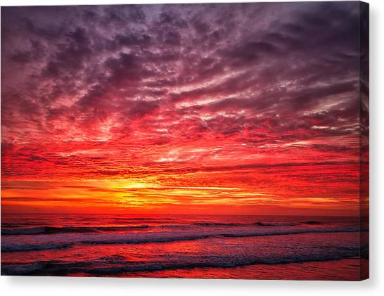 Red Sky In The Morning Canvas Print by Steven Wilson