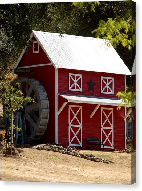 Red Star Barn Canvas Print
