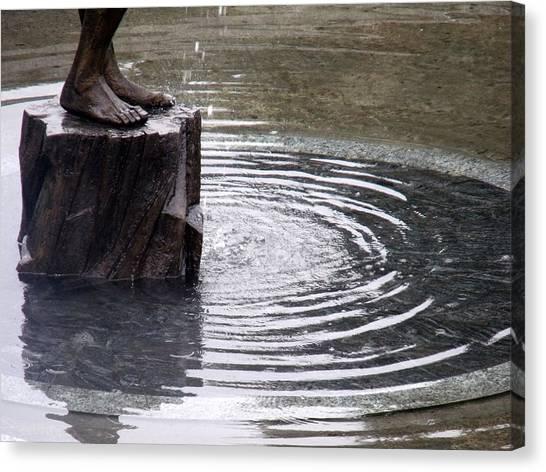 Ripple Feet Canvas Print by Lee Versluis