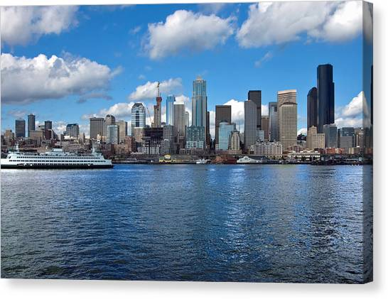 Seattle Skyline Canvas Print by Richard Leon