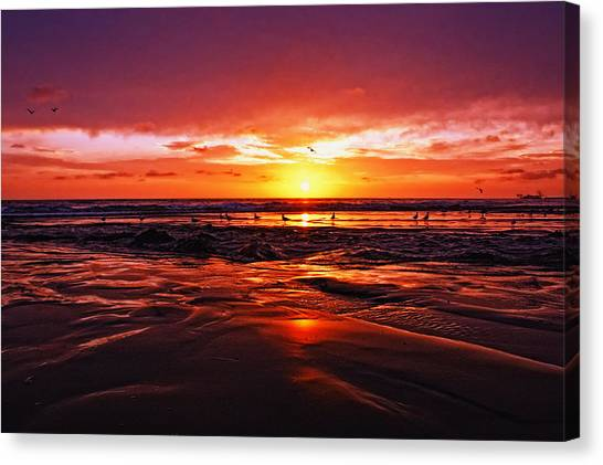 Canvas Print - Shoreline Drama by Donna Pagakis