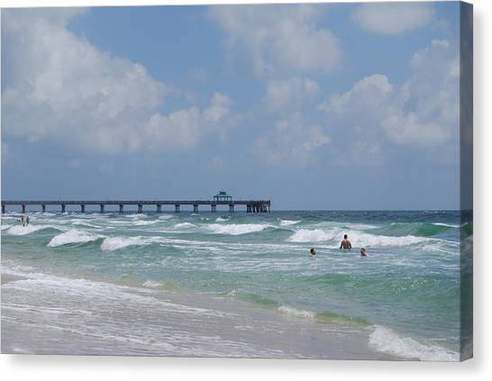 Canvas Print featuring the photograph Simply Sea by Judy Hall-Folde