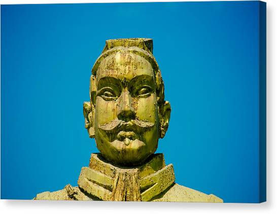 Statue Of Chinese Warrior Canvas Print by Pan Hong