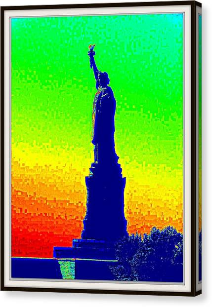 Statue Of Liberty-1 Canvas Print by Anand Swaroop Manchiraju