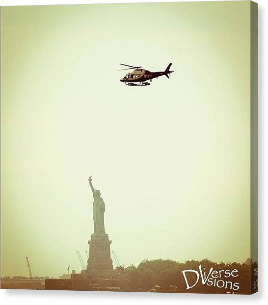 Statue Of Liberty Canvas Print - Statue Of Liberty by Harington