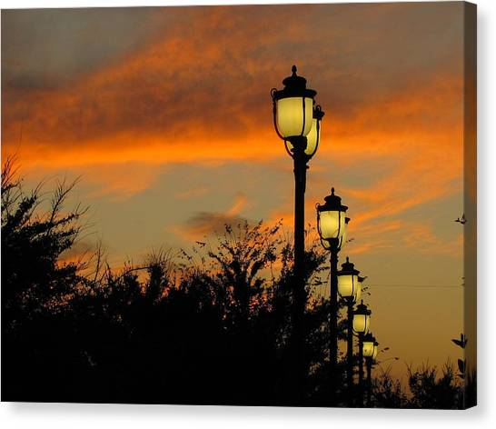 Streetlamp Sunset Canvas Print