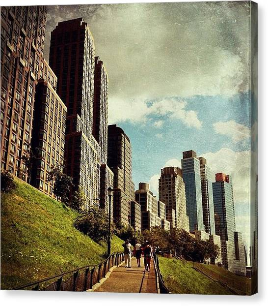 Food And Beverage Canvas Print - Summer On The Uws by Luke Kingma