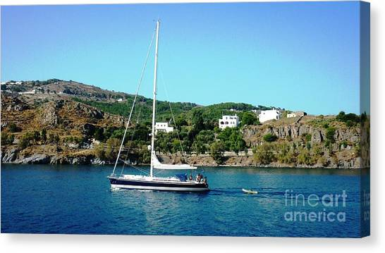 Summer Sailing Canvas Print by Therese Alcorn