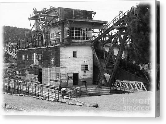 Sumpter Valley Gold Dredge Canvas Print by Charles Robinson