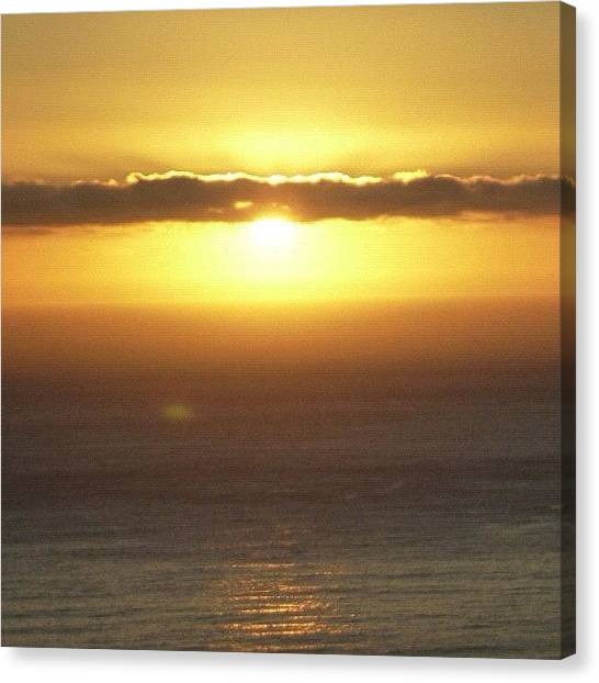 Sunset Horizon Canvas Print - Sundawn In Capetown / No Filter by Cally Stronk