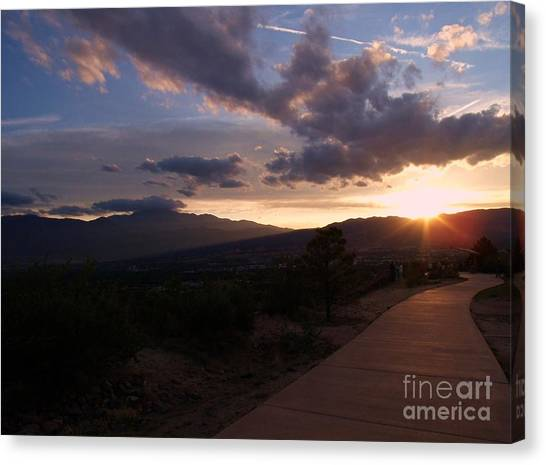 Sundown Canvas Print by Donna Parlow