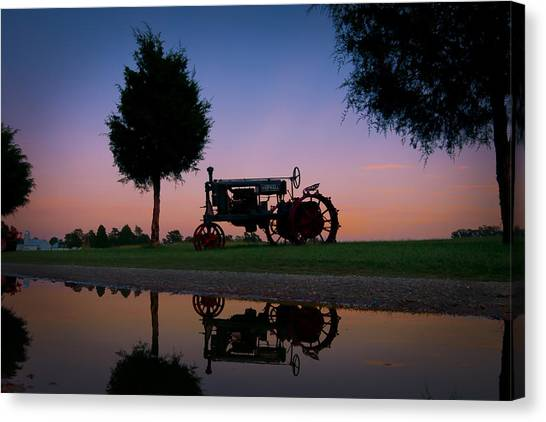 Sundown On Farmall At Chippokes Canvas Print