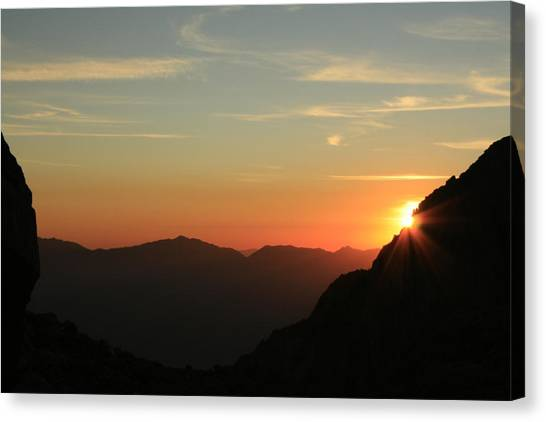 Sunrise On Mt.whitney Canvas Print
