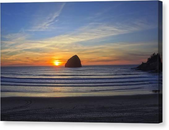Sunset At Cape Kiwanda Oregon Canvas Print