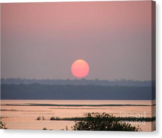 Sunset Over Cook's Bay Canvas Print