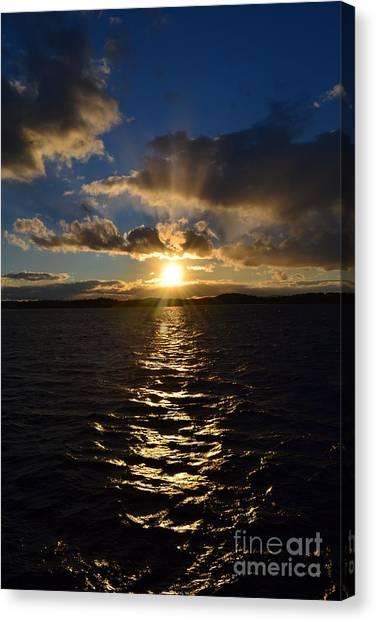 Sunset Over Winnepesaukee Canvas Print