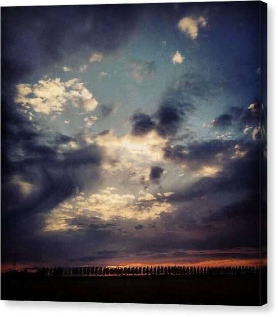 Sunset Horizon Canvas Print - Support Me: Instacanv.as/thrfs by Thrfs