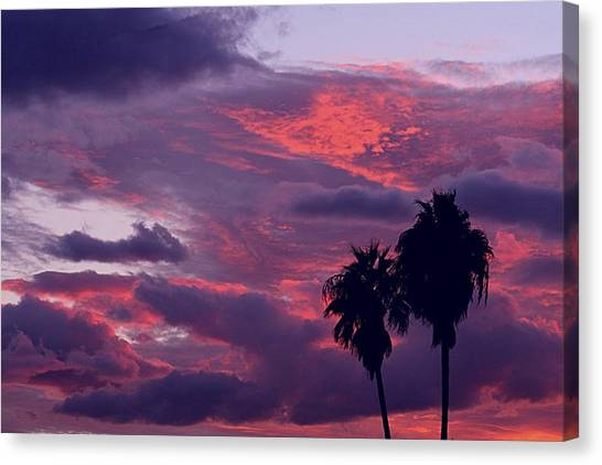 Swaying To The Blues Canvas Print