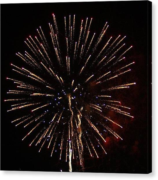 Fireworks Canvas Print - The Bombs Bursting In Air!! by Tony Delsignore