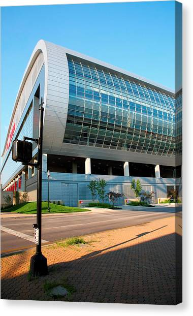 University Of Louisville Canvas Print - The Kfc Yum Center I by Steven Ainsworth