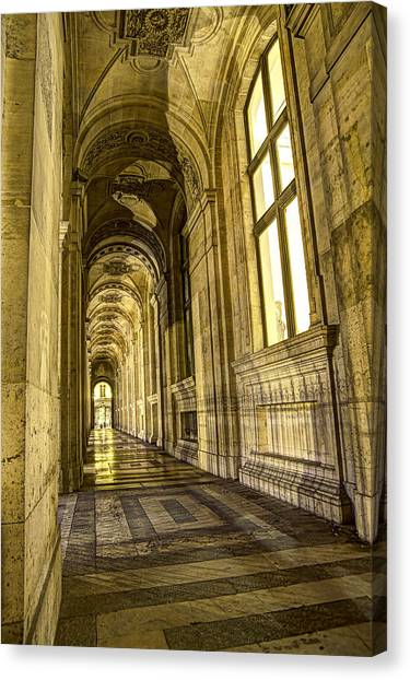 The Louvre Hall Of Shadows Canvas Print