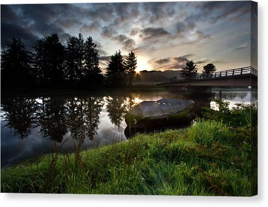 The Old Boat At Sunrise Canvas Print