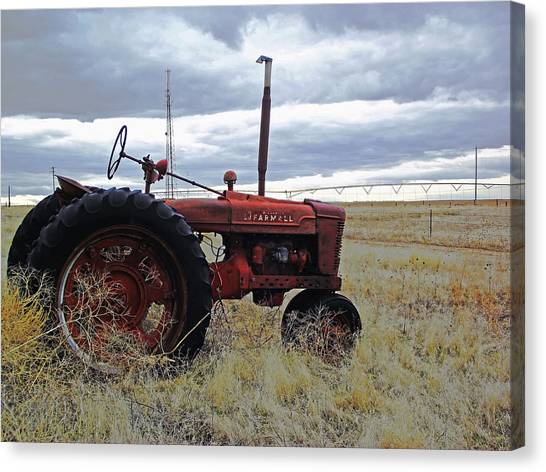 The Old Farmall Tractor 2 Canvas Print by Robin Cox