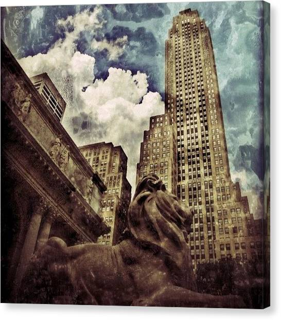 Times Square Canvas Print - The Resting Lion - Nyc by Joel Lopez