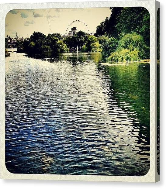 London Eye Canvas Print - Th¡s Looks L¡ke London ¡s ¡n Water by K H   U   R   A   M