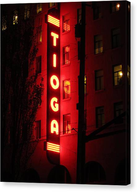 Tioga Hotel In Coos Bay Oregon Canvas Print by Gary Rifkin