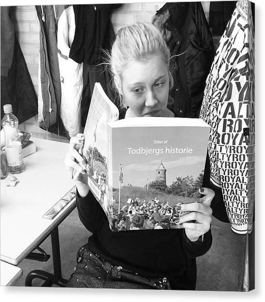 Irises Canvas Print - #todbjergs #historie #nu #på #gaden by Iris Gronbak