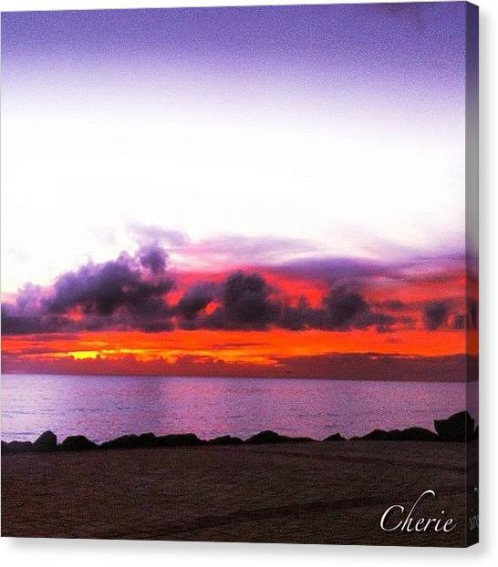 Ocean Sunsets Canvas Print - Tonight's #sunset #iskyhub #adelaide by Cherie Harvey