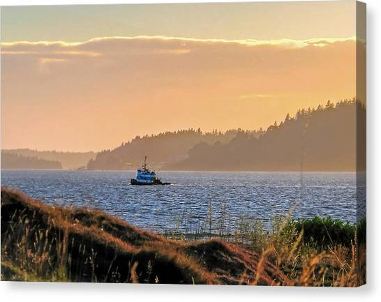 Twilight Tug -chambers Bay Golf Course Canvas Print
