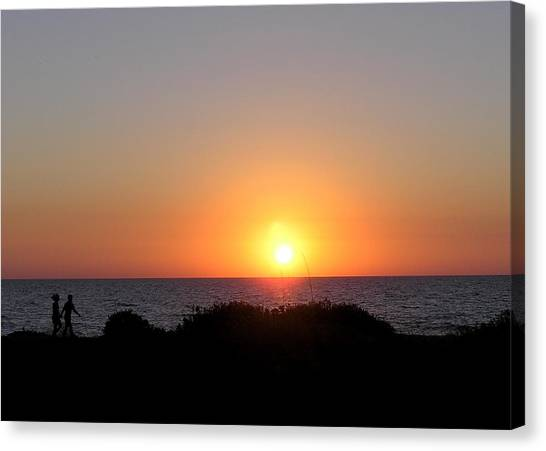 Two Lovers Sunset Beach Walk Canvas Print