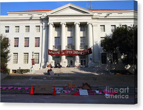 Uc Berkeley . Sproul Hall . Sproul Plaza . Occupy Uc Berkeley . 7d10017 Canvas Print by Wingsdomain Art and Photography