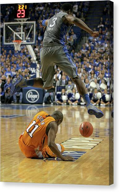 University Of Kentucky Canvas Print - Uk V. Ut - 1 by Mark Boxley