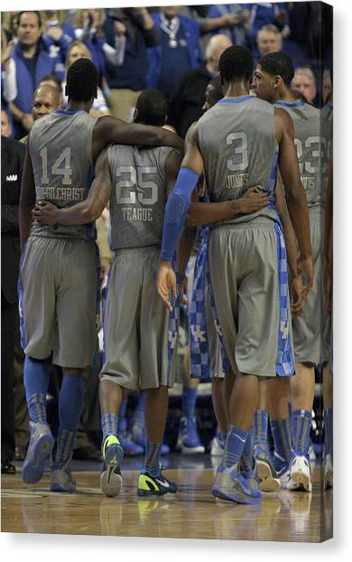 University Of Kentucky Canvas Print - Uk V Ut - 16 by Mark Boxley