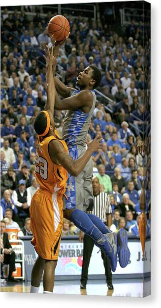 University Of Kentucky Canvas Print - Uk V Ut - 17 by Mark Boxley