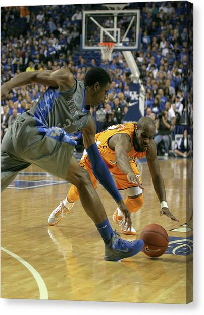 University Of Kentucky Canvas Print - Uk V Ut - 2 by Mark Boxley