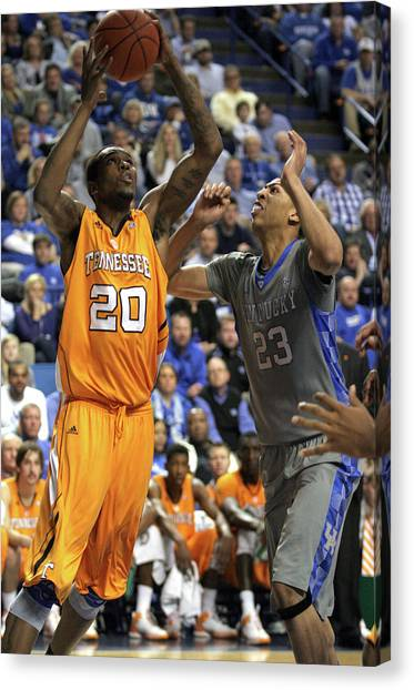 University Of Kentucky Canvas Print - Uk V. Ut - 3 by Mark Boxley