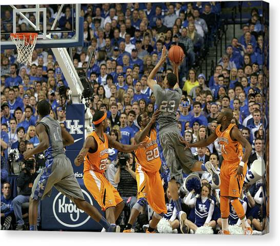 University Of Kentucky Canvas Print - Uk V. Ut - 4 by Mark Boxley